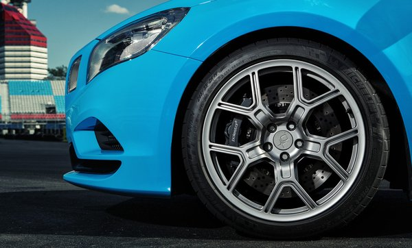 Новый Volvo Polestar с шиной Michelin Pilot Super Sport